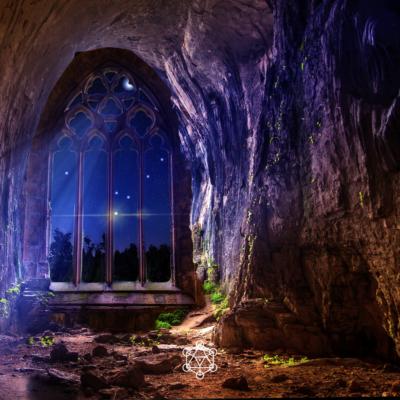 Voir dans sa grotte intérieure. Zones cachées cachées. Pleine lune. Guides de lumière. Archives akashiques.